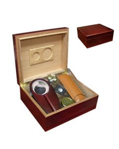 Diplomat 25-50 Count Cherry Humidor Gift Set